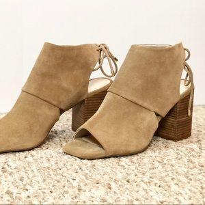 Katarina 7 Block Heel Sandals